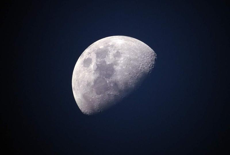 Убывающая луна удачна для операций