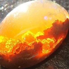 Огненный камень опал: месторождения, виды, свойства